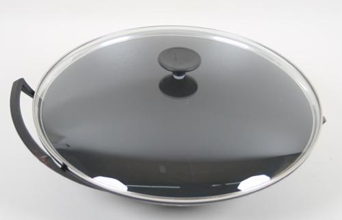 le creuset wok aus gusseisen mit glasdeckel und rezeptsammlung englisch 36 cm ebay. Black Bedroom Furniture Sets. Home Design Ideas